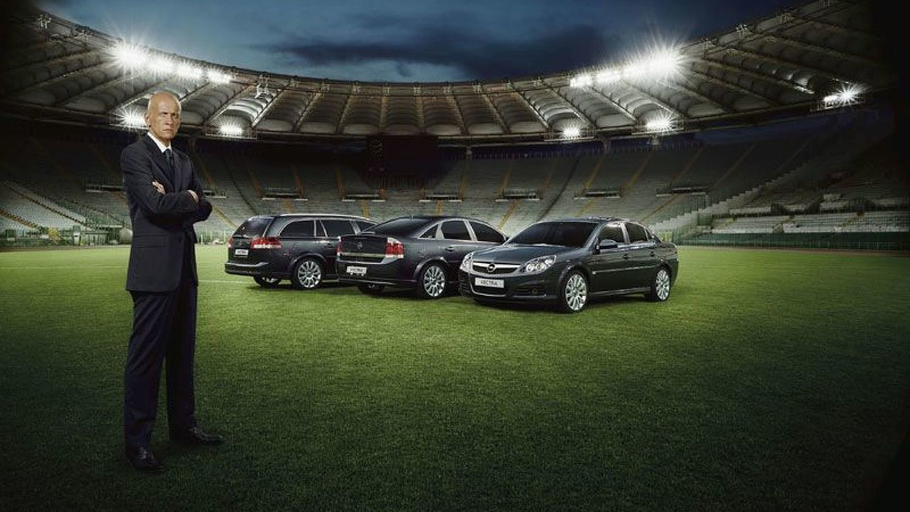 New Opel Vectra and Pierluigi Collina