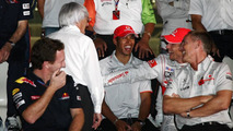 Hamilton 'welcome' to keep up pace at finale - Alonso