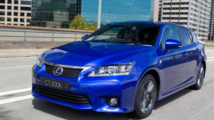 Lexus CT200h facelift coming next year - report