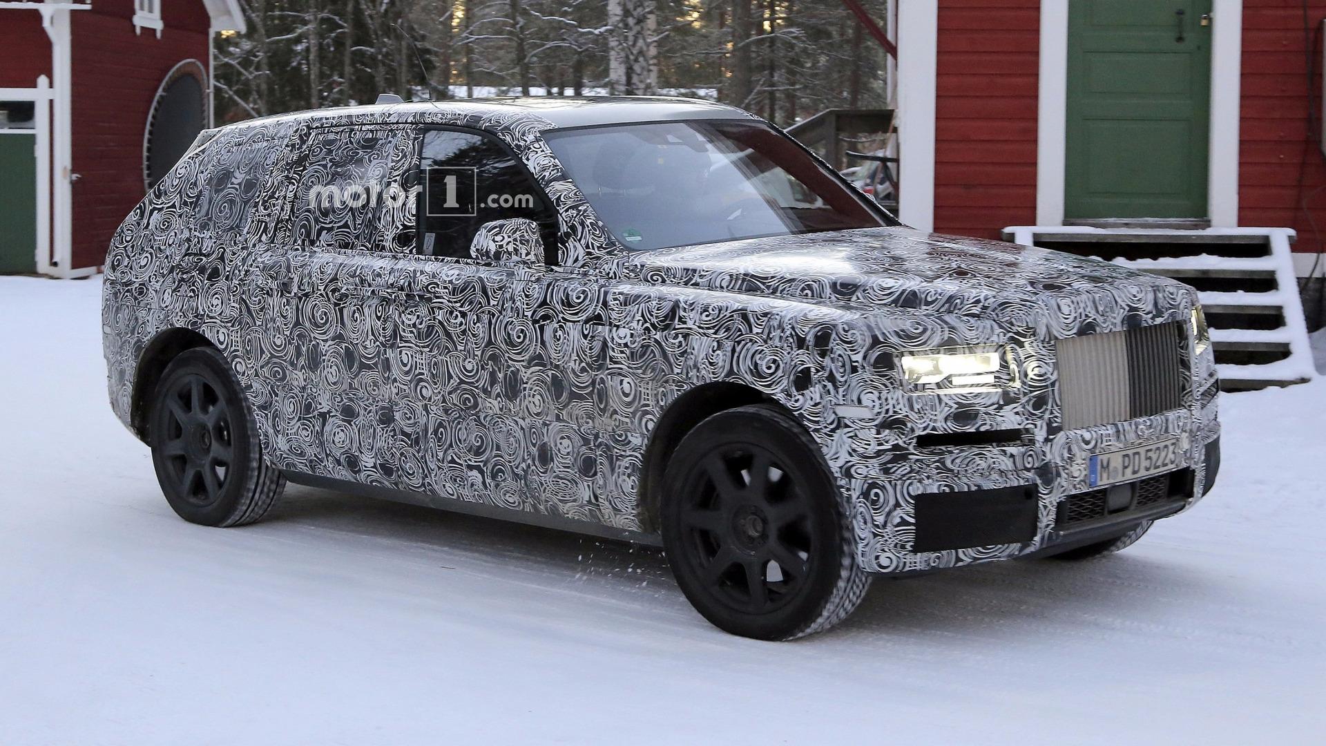 Rolls Royce Cullinan Would Make Queen Elizabeth I Proud