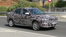 Lada Vesta and XRAY spied undergoing final testing
