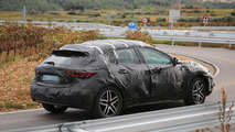 Infiniti QX30 spied up close ahead of 2015 launch