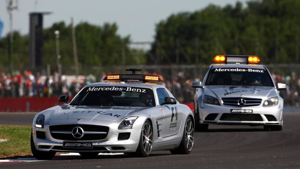 Safety car and medical car, British Grand Prix, Friday Practice, 09.07.2010 Silverstone, England