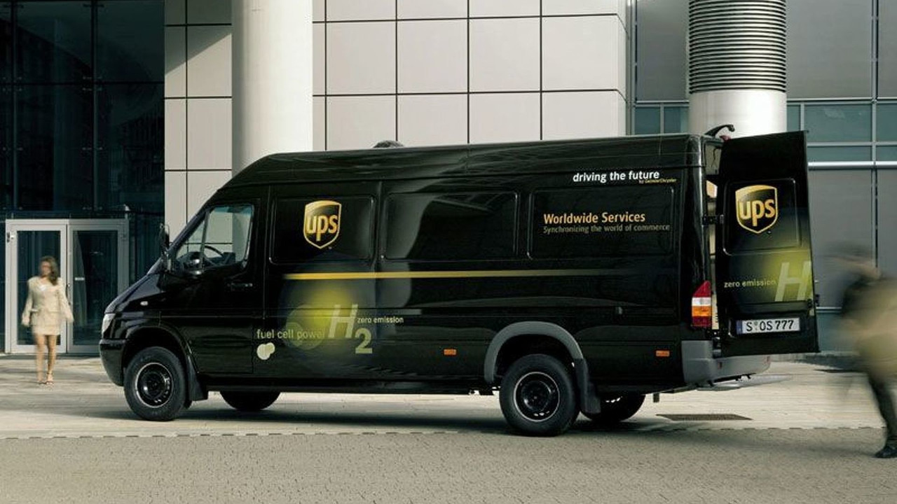 Dodge Sprinter with a fuel cell