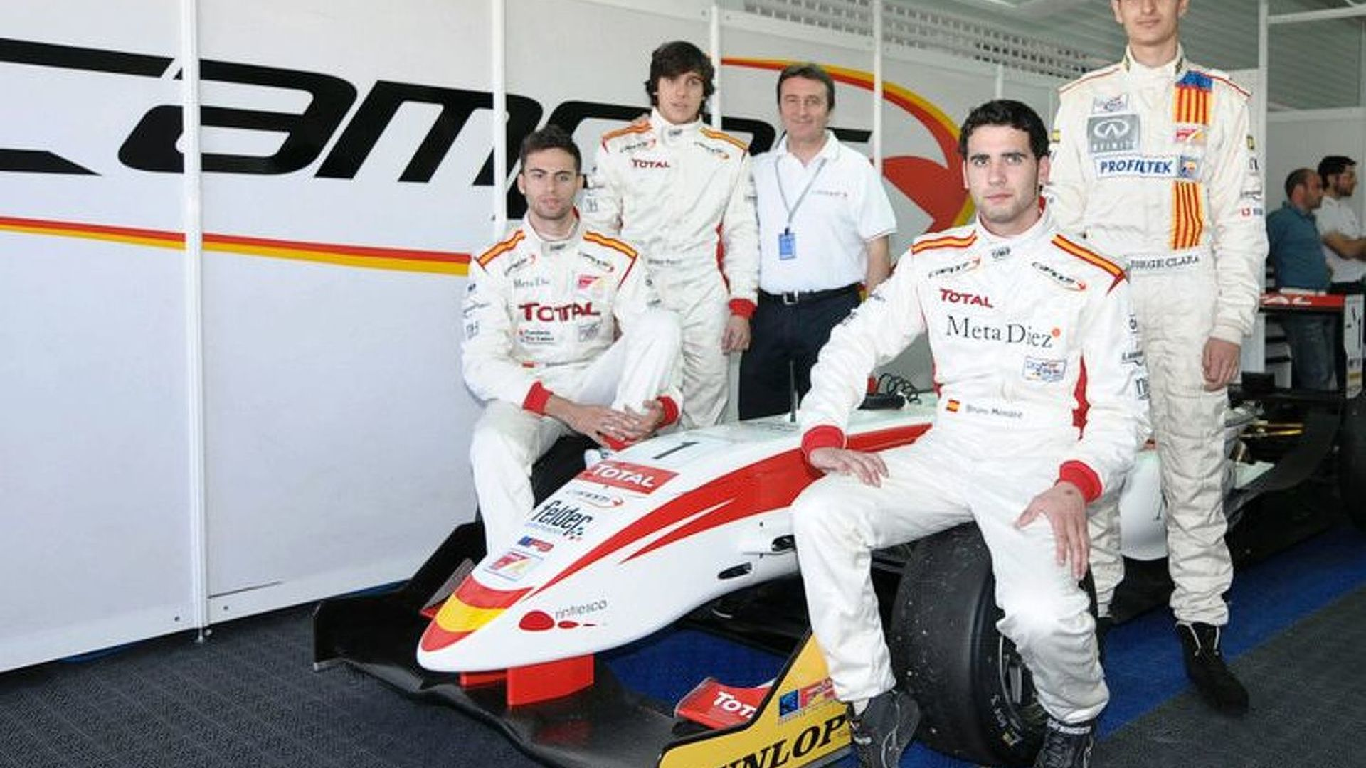 USF1, Campos, say they will race in 2010