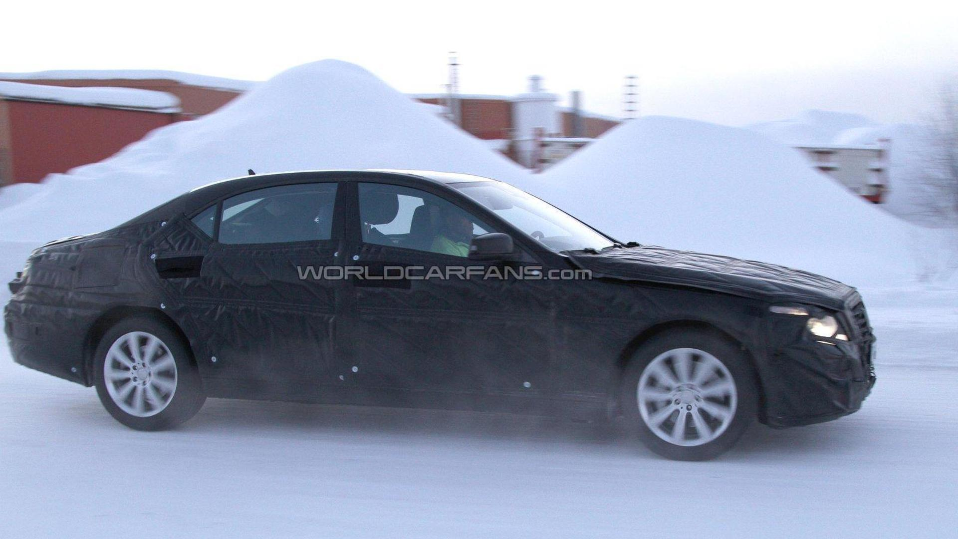 2013 Mercedes-Benz S-Class spied winter testing
