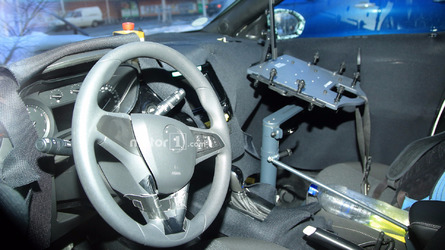 Photos espion - Voici l'intérieur de la prochaine Opel Corsa