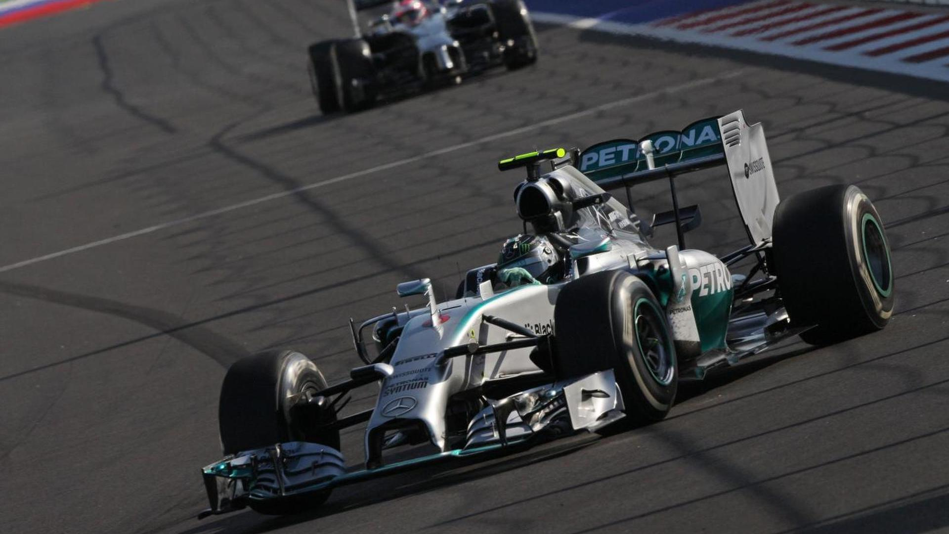 Rosberg appoints himself 'title hunter'