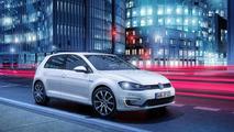 Volkswagen Golf GTE plug-in hybrid unveiled in Geneva [video]