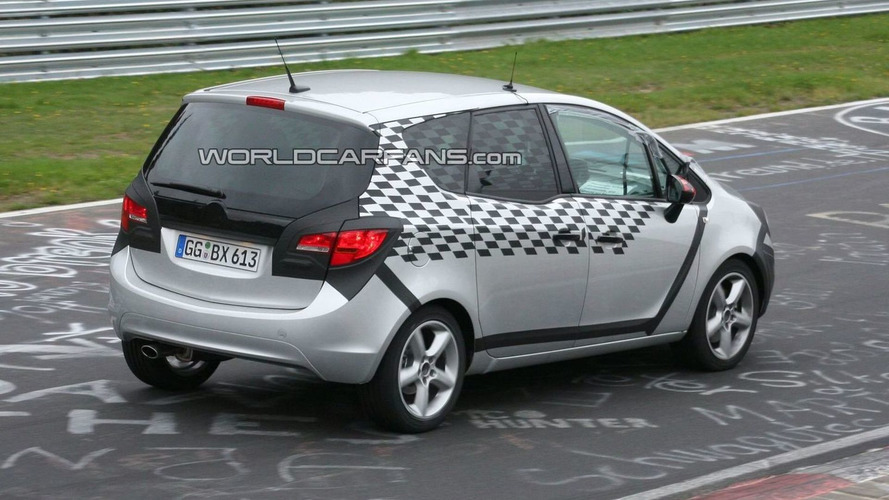 Opel Meriva Spied Less Disguised on the Ring