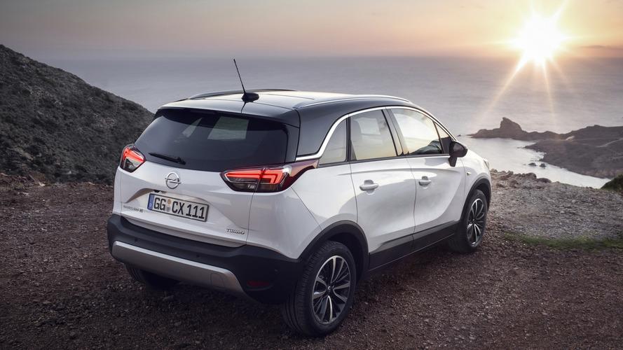 Crossland X arrives in Geneva to celebrate the PSA-Opel marriage