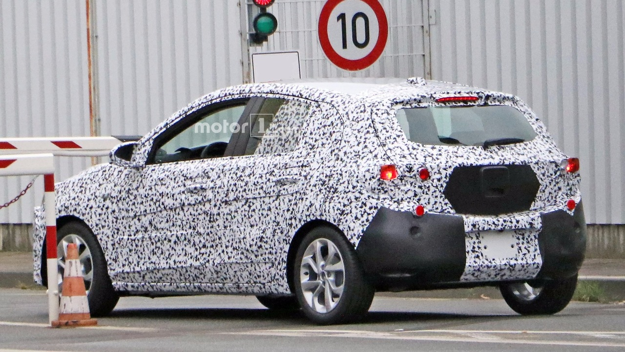 2018 - [Opel] Corsa F [P2JO] 2018-opel-corsa-spy-photo