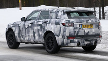 2015 Land Rover Freelander Discovery RS spy photo