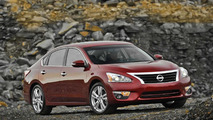 2016 Nissan Altima to receive a