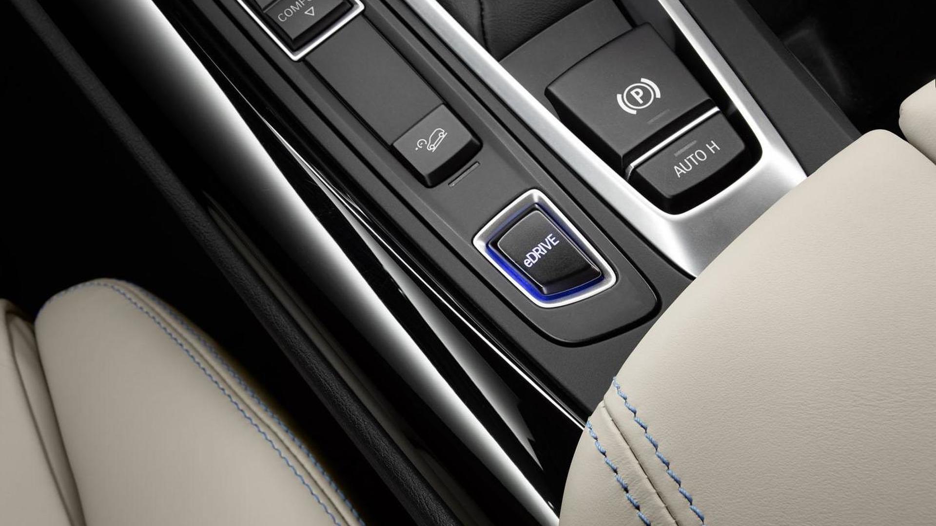 BMW highlights the Concept X5 eDrive [video]