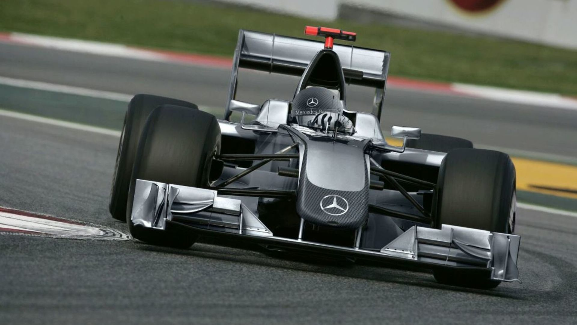 Mercedes seat would be 'dream' - Heidfeld