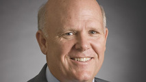 GM CEO Whitacre steps down 1st Sept, Akerson to take over