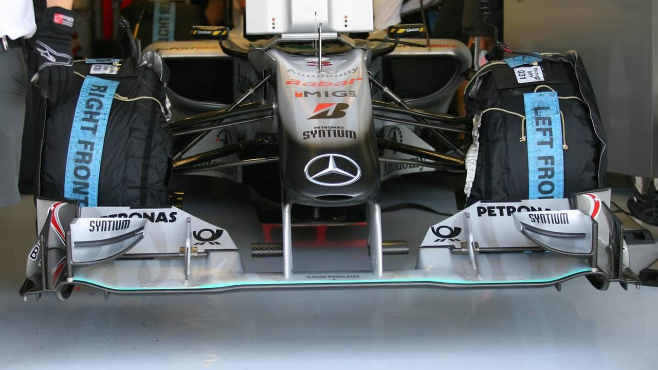 Mercedes front wing - Formula 1 World Championship, Rd 12, Hungarian Grand Prix, Friday Practice, 30.07.2010 Budapest, Hungary
