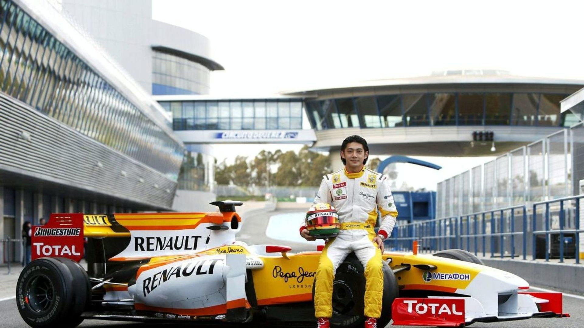Ho-Pin Tung hoping Lopez buys Renault