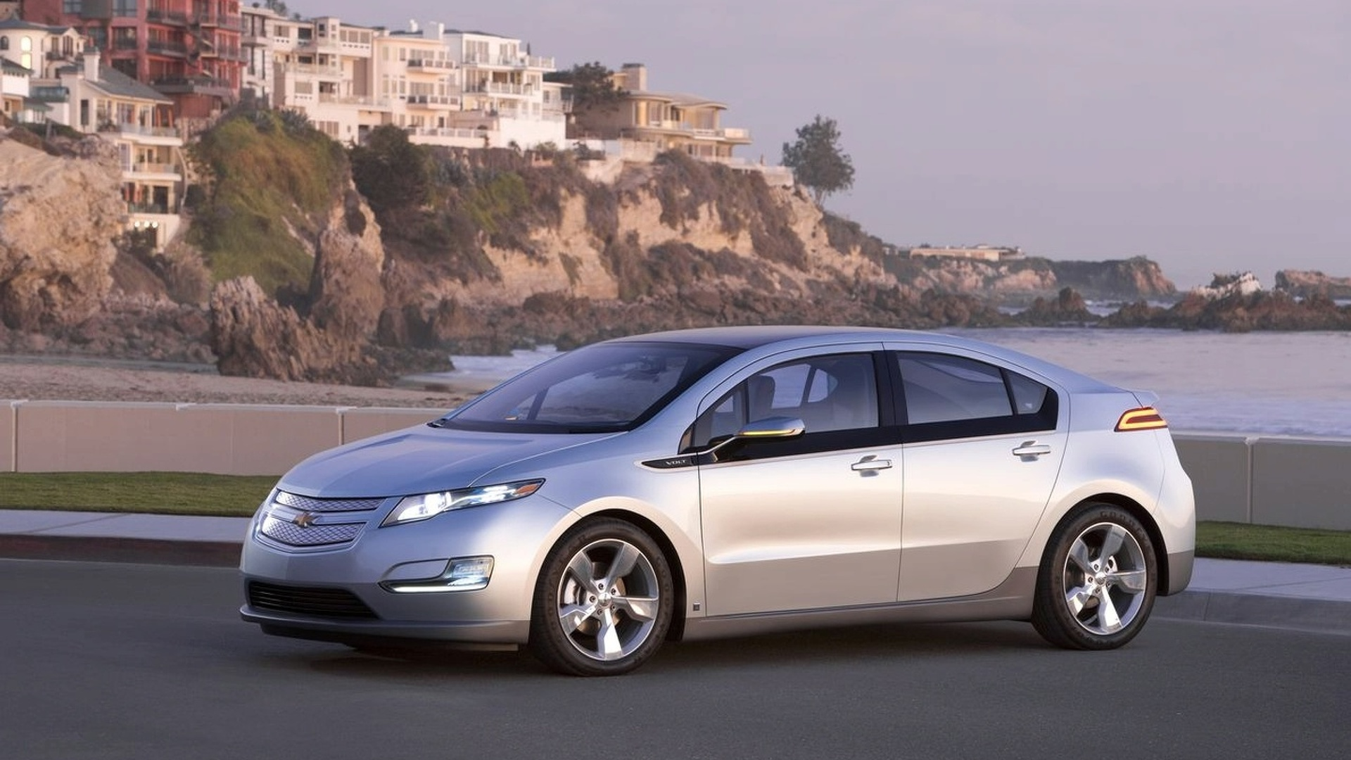Chevrolet developing an entry-level Volt with a smaller battery - report