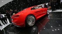 Audi e-tron gets the Green Light