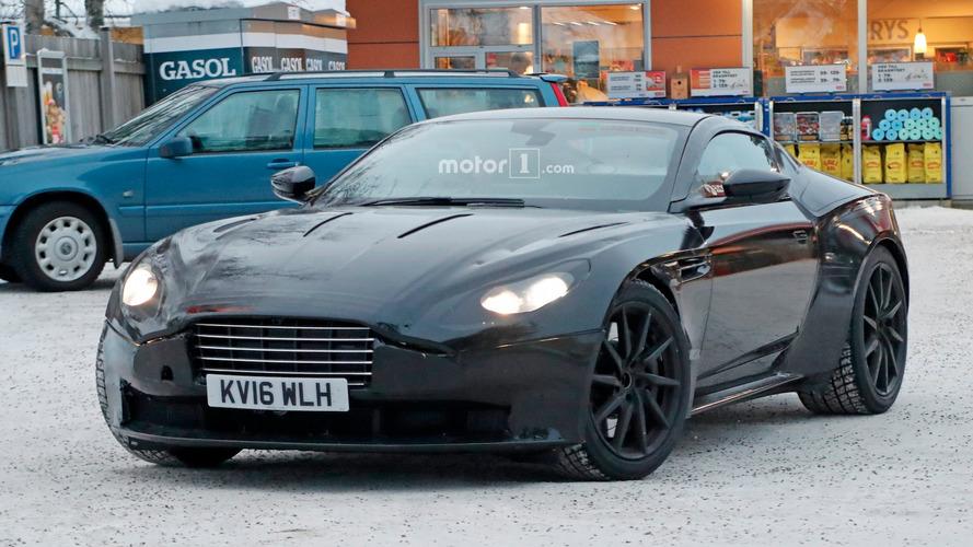L'Aston Martin Vantage continue son développement sur la neige