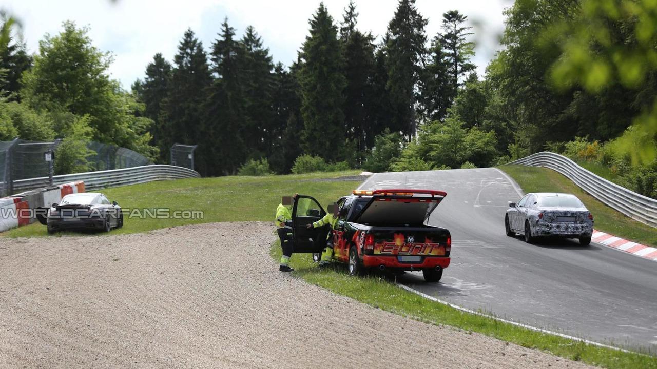 2015 Porsche 911 Turbo facelift crash spy photo