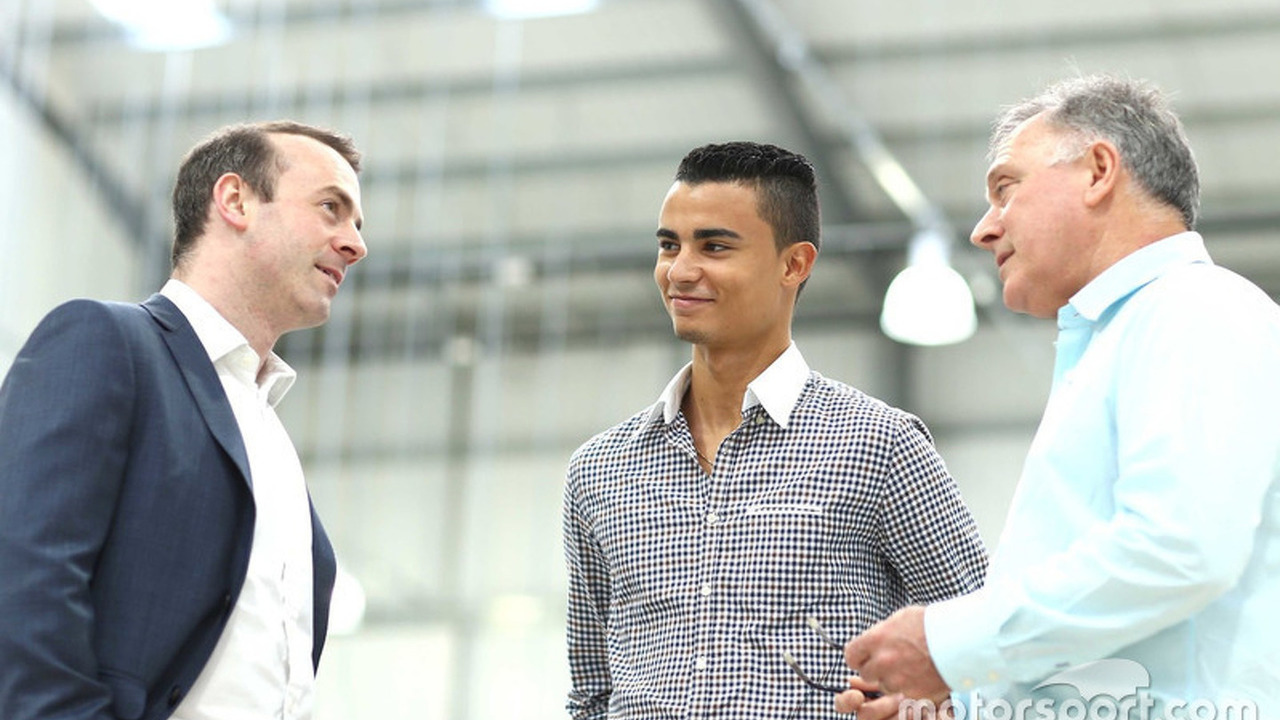Stephen Fitzpatrick, Manor Racing owner, Pascal Wehrlein, Manor F1 Team and Dave Ryan, Manor F1 Team Racing Director