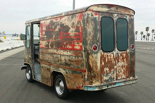 This Jeep May Look Rusty, But It's a Gem Underneath