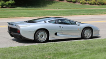 1993 Jaguar XJ220
