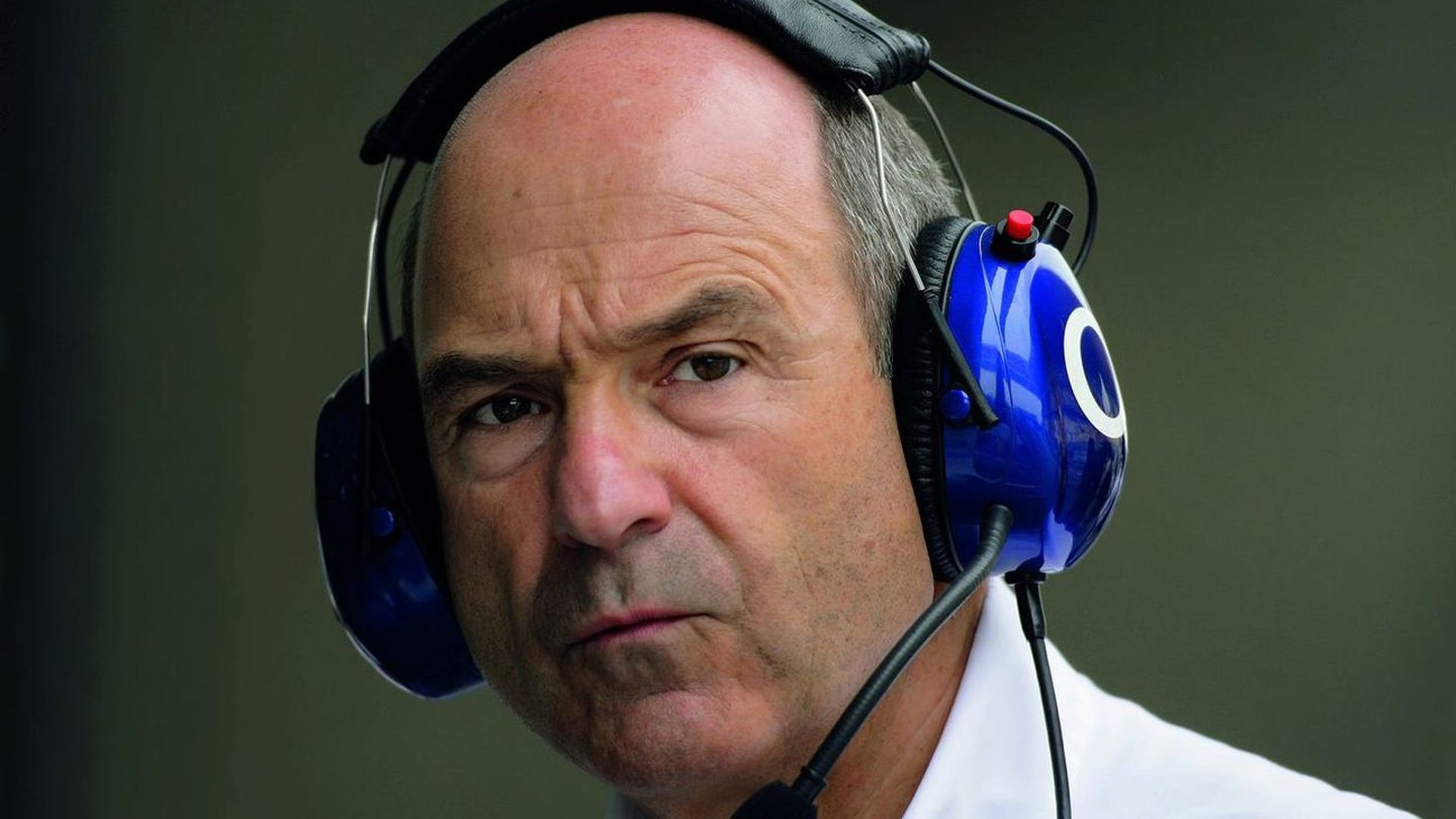 Sauber 'waiting patiently' for 2010 entry