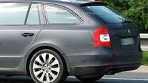 Skoda Superb Kombi Wagon Teased Ahead of Frankfurt Motorshow Debut