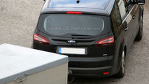2010 Ford S-Max facelift spied in the Swiss Alps