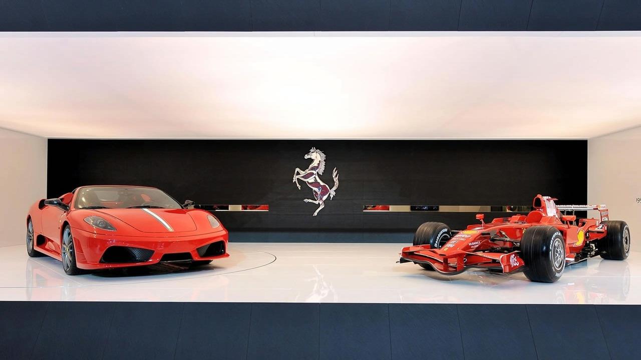 Ferrari 430 Scuderia Spider 16M at Bologna Motor Show