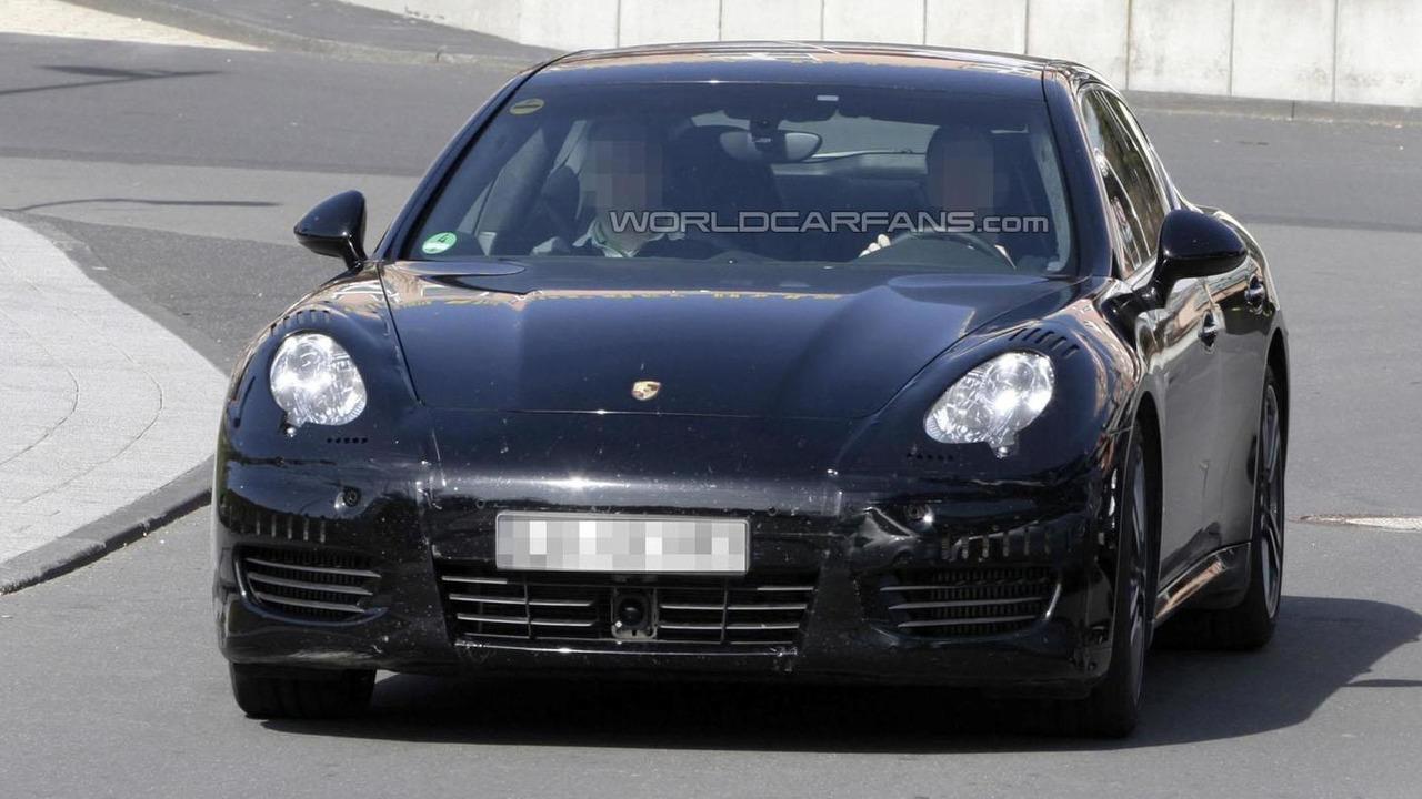 2013 Porsche Panamera Turbo spy photo 27.3.2012
