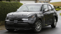 Alfa Romeo crossover mule spied wearing a Fiat 500L body