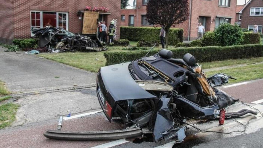 Audi S8 sliced in half, driver escapes with minor injuries
