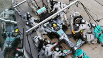 F1 says no to heavier cars, mandatory pitstops