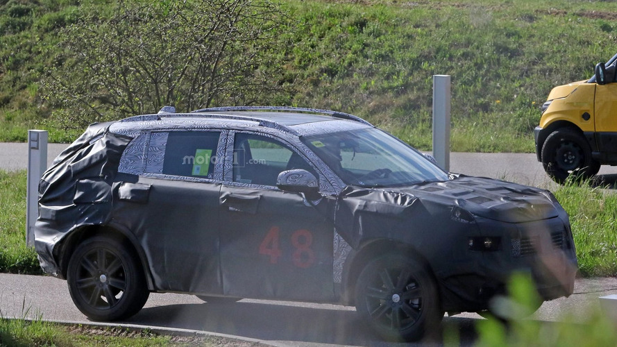 Help us identify this mystery SUV
