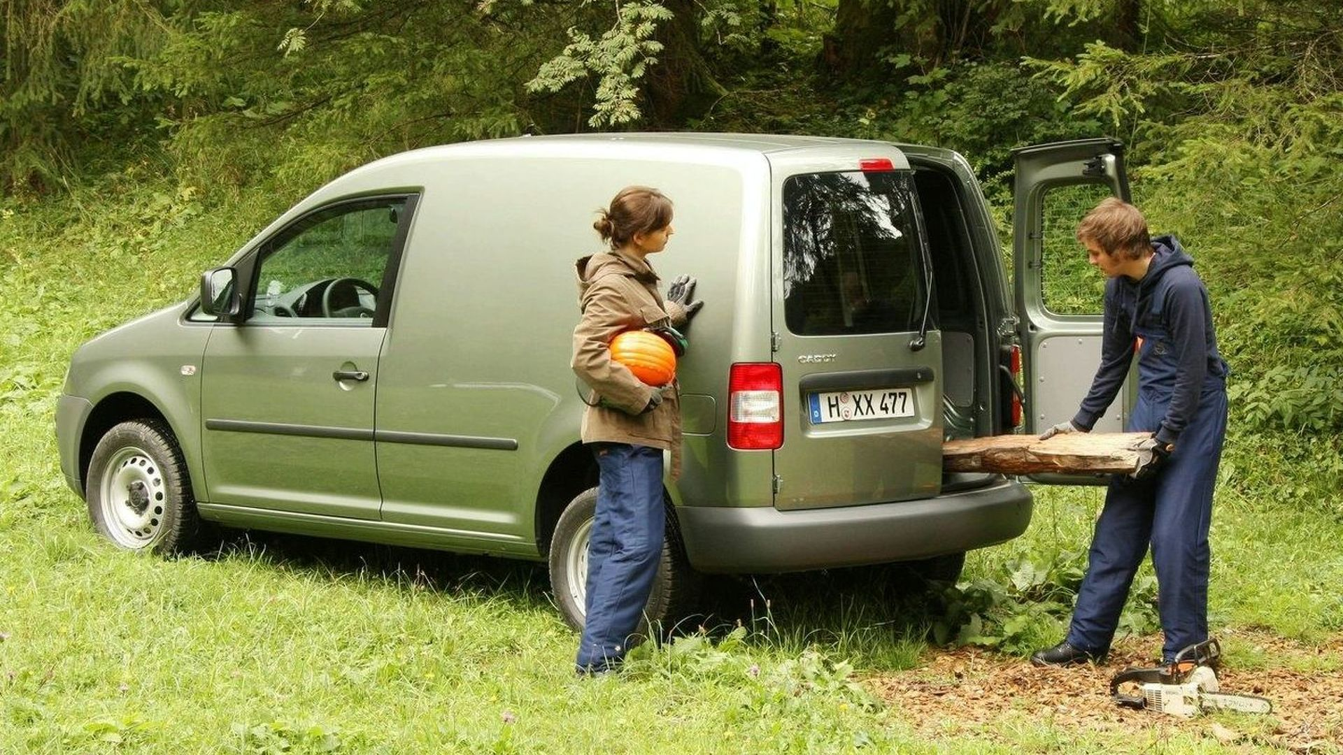 VW Caddy 4Motion Debuts at IAA Commercial Vehicles