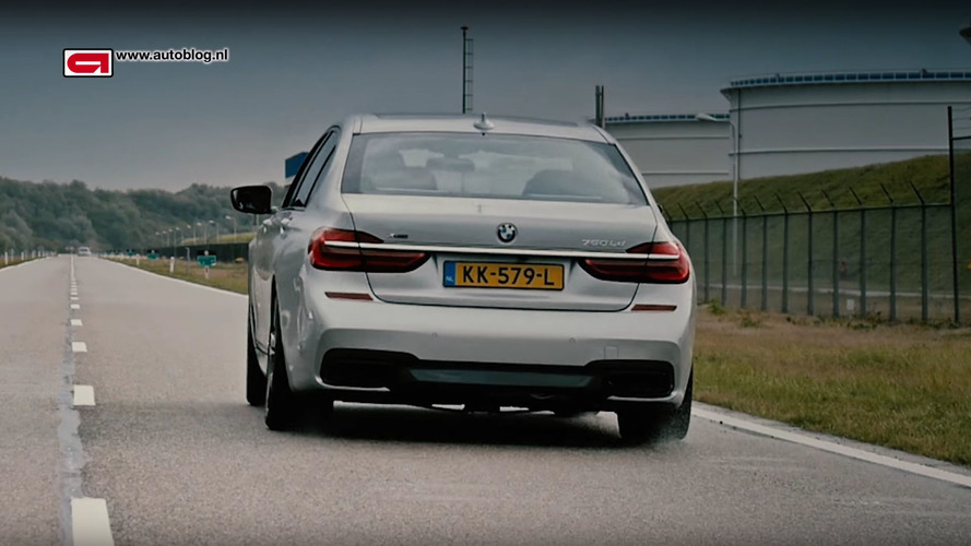 Watch BMW 750Ld xDrive runs through the gears at full throttle