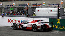 #5 Toyota Racing Toyota TS050 Hybrid stopped on track at the last lap