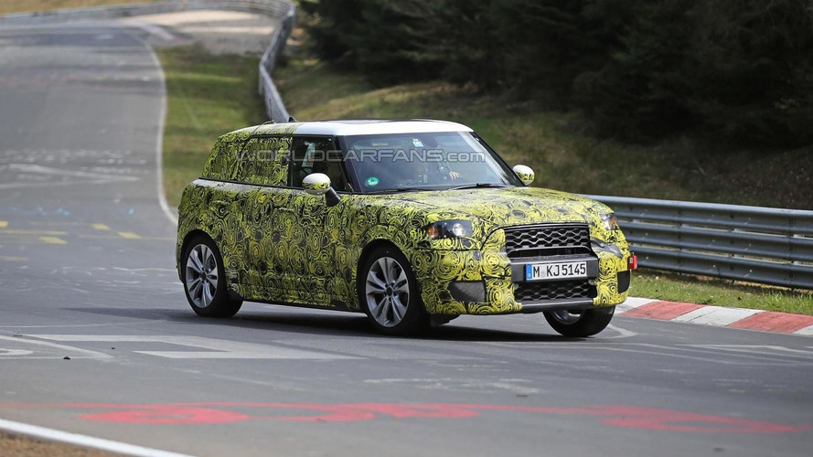 Next generation MINI Countryman spied in action on the 'Ring [video]