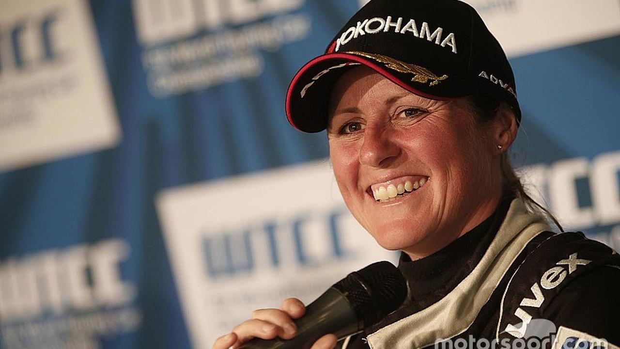 Press conference: Sabine Schmitz, Chevrolet RML Cruze, ALL-INKL_COM Munnich Motorsport