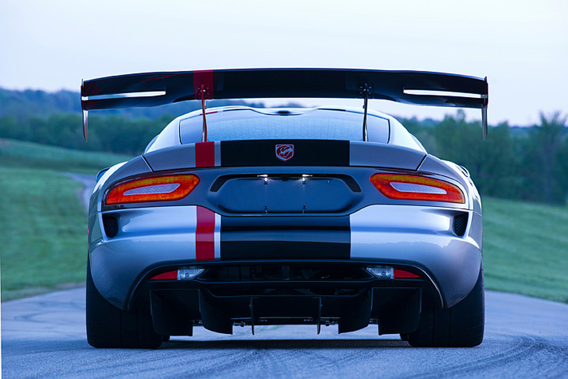 Listen to How Beautiful This Viper ACR Sounds With Straight Pipes