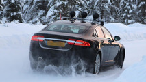 2016 Jaguar XF spy photo