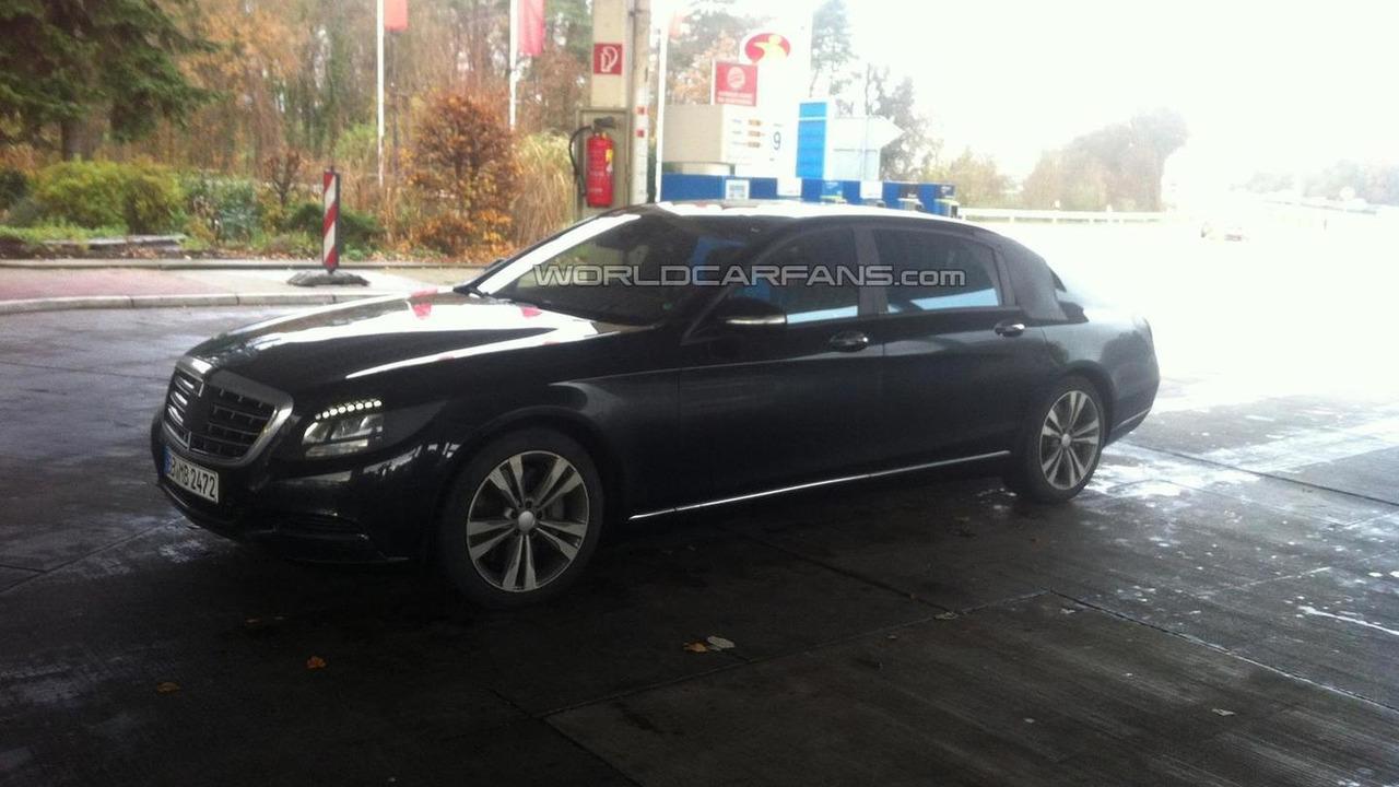 2014 Mercedes-Benz extra-long wheelbase