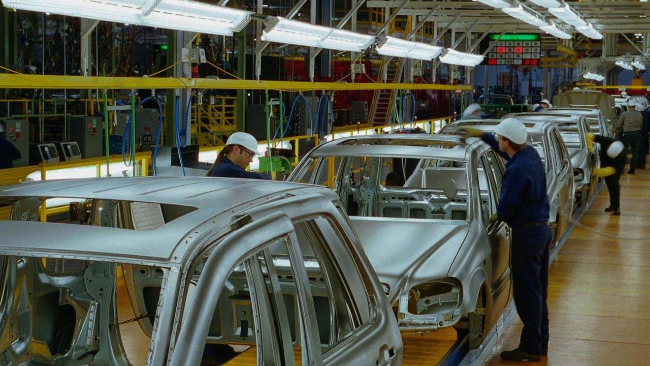 Mercedes-Benz M-Class production at Tuscaloosa, Alabama plant 21.10.2011