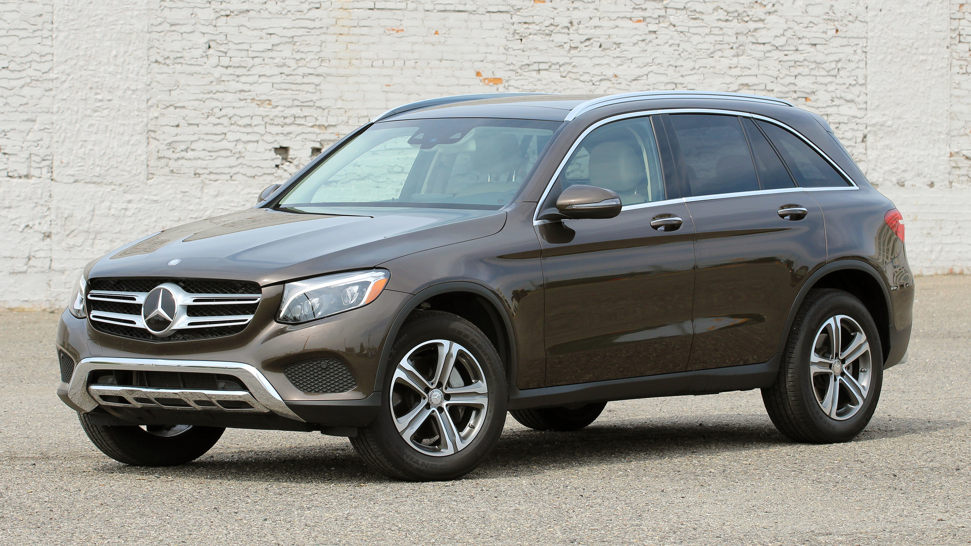 Review 2016 mercedes benz glc300 4matic for Mercedes benz 4matic review