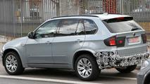 2011 BMW X5 Facelift Prototype Spy Photo